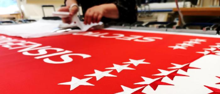 Impostate un segno o mostrate i vostri colori: Le bandiere diventano commerciali