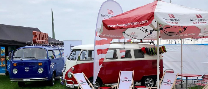 Beachflags spécialement conçus pour les clients de Heimgartner